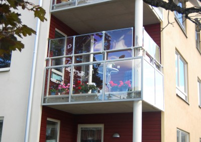 balkongskydd glasklar